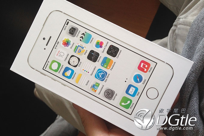 iPhone-5s-unboxing1