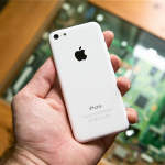 iphone5c-back-hand
