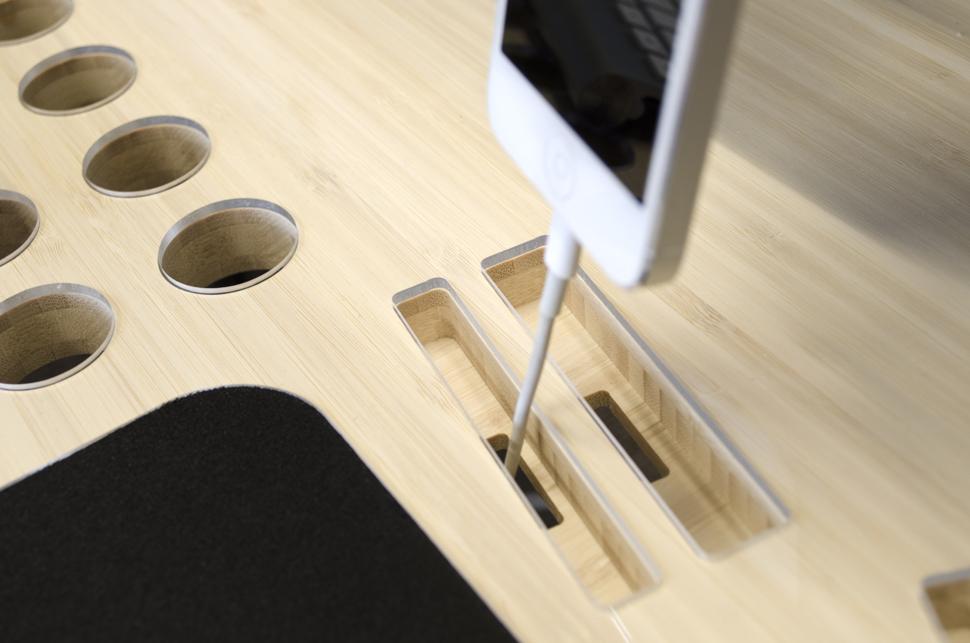Как сделать отверстие в столе