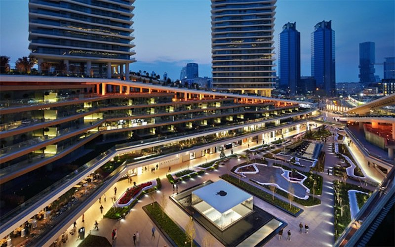 the-store-is-located-in-the-middle-of-the-citys-zorlu-shopping-center